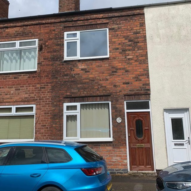 Another completion confirmed. Ex rental property surplus to requirements. Completed within 7 days. Very happy vendor without the ongoing hassle. Why not get in touch today to see what we could offer you 0800 051 7645 or visit www.ukhomebuyersltd.co.uk